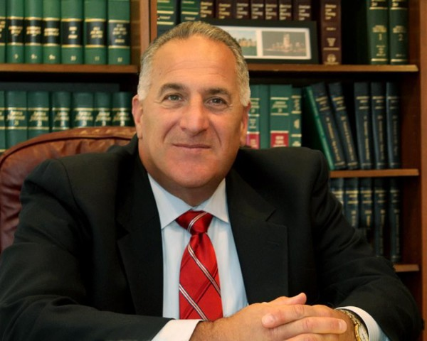 Paul Kaufman, attorneys, Kaufman & Bennett law, marshfield law firm, South Shore lawyers, real estate, family law, estate planning, business law